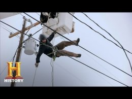 Power & Ice: Bucket Truck Rescue (S1, E4)
